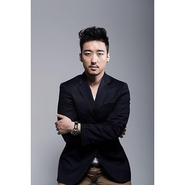 신현필 (Hyunpill Shin)