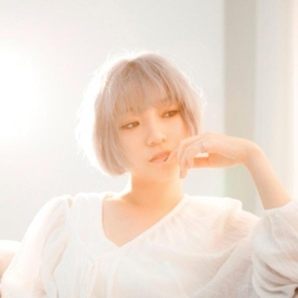진주 (Hyun Jin Ju)
