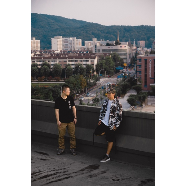 다이얼로그 (Dialogue) & 디제이티즈 (DJ Tiz)