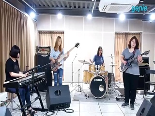 A-FUZZ (에이퍼즈) - [좋아] 연주 버전 CCTV 영상