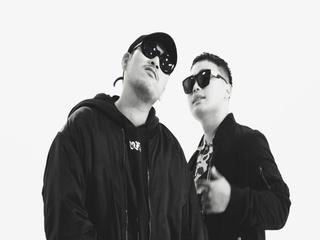 죽은 위인들의 사회 (Feat. 베이식 & Microdot)