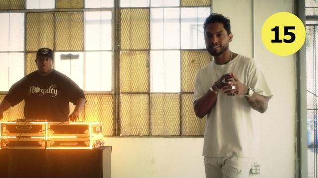2 LOVIN U 뮤직비디오 이미지
