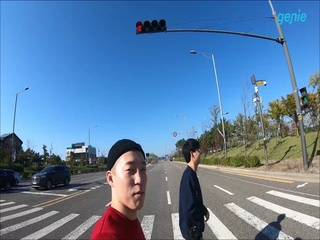 씬스비 (SINCEB) - [내가말야] 커버 촬영 현장 진입 영상
