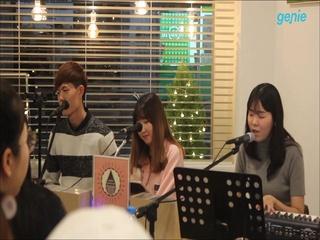 송보람 (Song Boram) - [포기] '새벽' 8th Flooer LIVE 공연 영상 1