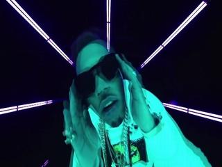 YUSO (Feat. Lil Wayne & Saweetie)