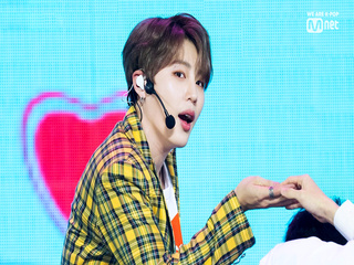 하성운(HA SUNG WOON) - INTRO + BIRD|KCON 2019 JAPAN × M COUNTDOWN