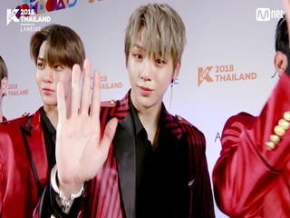 [KCON 2018 THAILAND] HI-TOUCH with #WannaOne