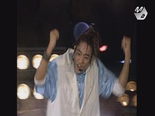 [신화] 무려 18년 전 영상! 1998년의 신화가 부릅니다, ′으쌰으쌰′