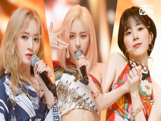 '최초공개' 뉴트로 펑크 '레이디스 코드'의 'FEEDBACK(너의 대답은)' 무대