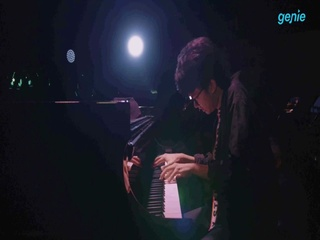 Joey Alexander - [Warna] 'Lonely Streets' Live Video