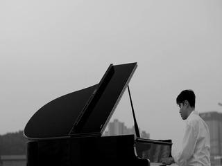 25일 (Piano. 전형진)