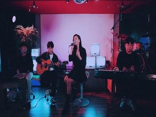 Paradise (Feat. 호란) (Acoustic Ver.) (Live Clip)