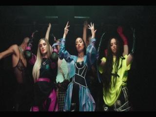Confetti (Feat. Saweetie)