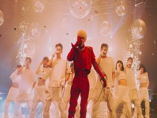 BAD LOVE (Performance Video)