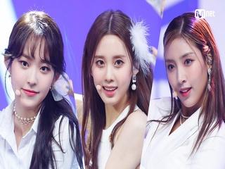 'COMEBACK' 몽환 카리스마 '라잇썸'의 'VIVACE' 무대