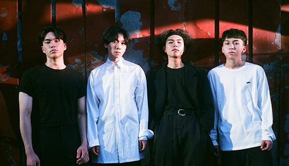 SURL (설), 첫 번째 EP [Aren't You?] 앨범 작업기 & 스케치 필름