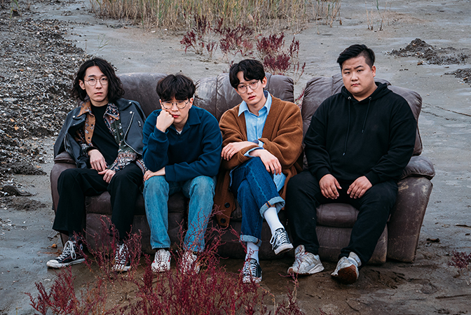 '어지러운 세상, 따뜻한 음악' 밴드 너드커넥션의 EP [TOO FAST]