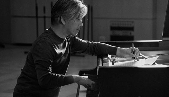 류이치 사카모토, 첫 피아노 솔로집 20년 만에 재발매!