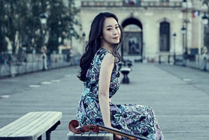 파리에 물들고 싶은 봄날같은 음악, 이정란